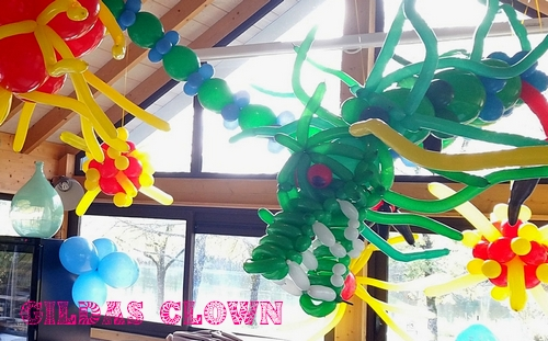 décoration en ballons, dragon avec Le clown Gildas